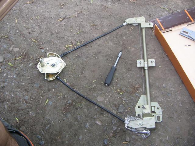 стеклоподъемник ВАЗ-2108.