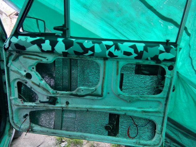 Установка стеклоподъемников ФОРВАРД на ВАЗ-2106 в передние двери. Рис. 5
