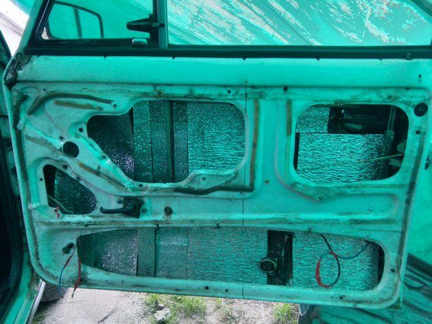 Установка стеклоподъемников ФОРВАРД на ВАЗ-2106 в передние двери. Рис. 9