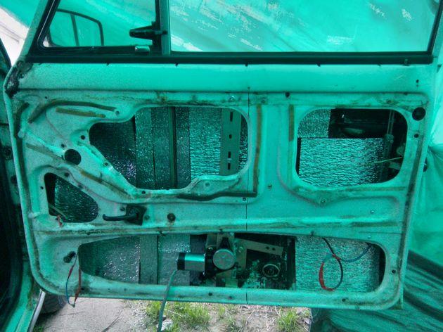 Установка стеклоподъемников ФОРВАРД на ВАЗ-2106 в передние двери. Рис. 10