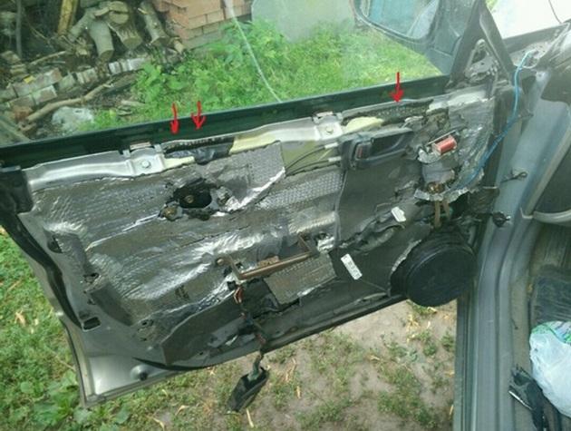 Замена моторедуктора стеклоподъемника на Subaru Forester SG5. Рис. 2