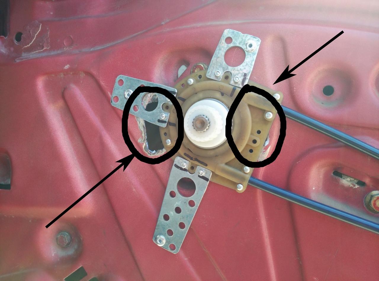 """Установка универсальных электрических стеклоподъемников """"ГРАНАТ"""" и доводчика стеклоподъемников Mongoose CWM-2 на Мерседес W124. Рис. 3"""