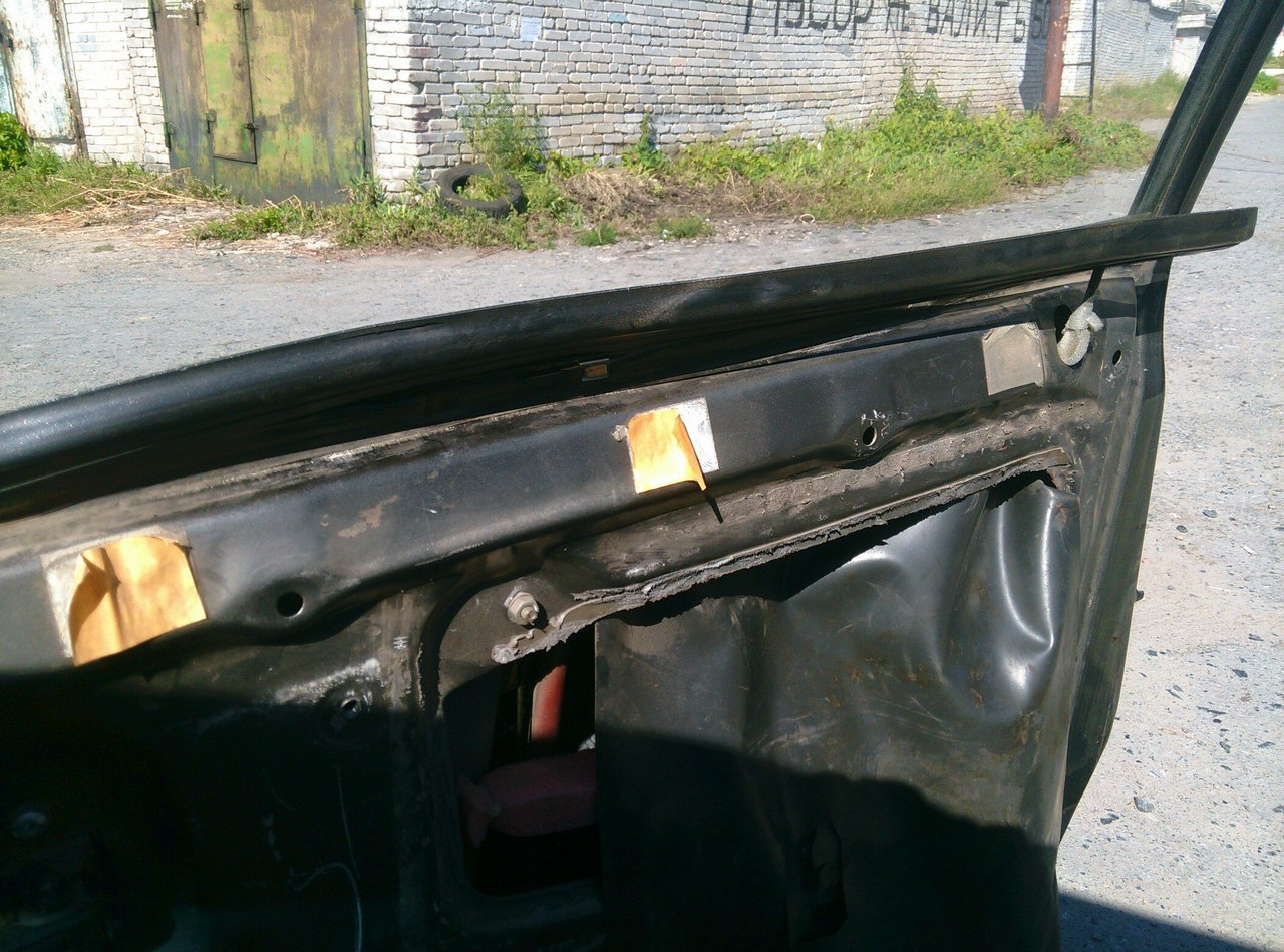 Установка электрических стеклоподъемников ГРАНАТ в передние двери ВАЗ-21099. Рис. 7