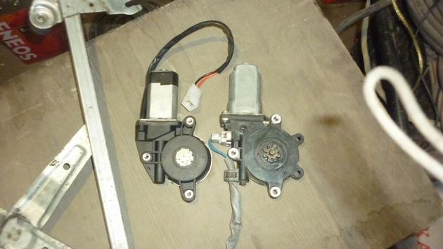 Замена моторедуктора правого электростеклоподъемника Subaru Forester S11. Рис. 4