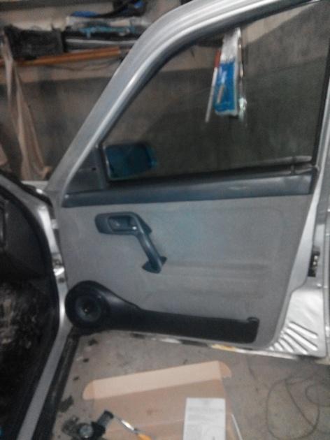 Установка стеклоподъемников ФОРВАРД в передние двери ВАЗ-21124. Рис. 17