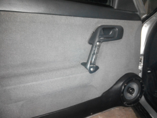 Установка стеклоподъемников ФОРВАРД в передние двери ВАЗ-21124. Рис. 19