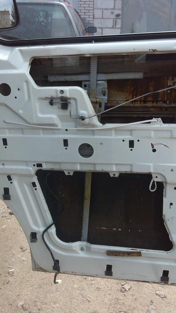 """Установка на VW Transporter T4 электростеклоподъемников """"ГРАНАТ"""" и доводчика стеклоподъемников Pandora DWM-210 Рис. 15"""