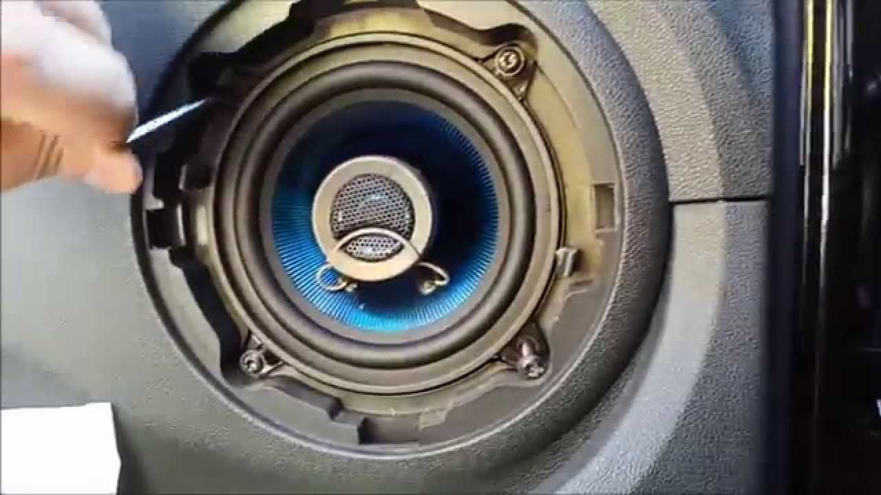 "Установка электростеклоподъемников ""ФОРВАРД"" на Renault Logan I в передние двери. Рис. 6"