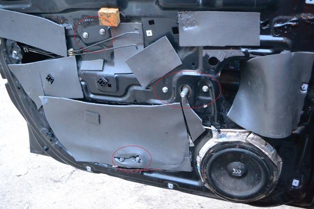 """Установка электрических стеклоподъемников """"ФОРВАРД"""" на Hyundai Accent в передние двери. Рис. 5"""
