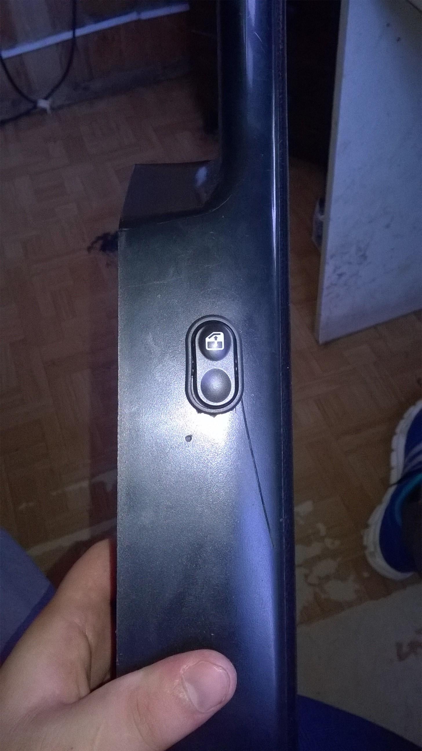 Установка стеклоподъемников ФОРВАРД в передние двери ВАЗ-2107. Рис. 9