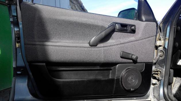 """Установка электрических стеклоподъемников """"ГРАНАТ"""" на VW Passat B3. Рис. 11"""