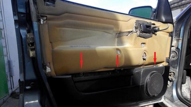 """Установка электрических стеклоподъемников """"ГРАНАТ"""" на VW Passat B3. Рис. 16"""