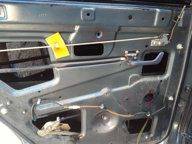 Установка задних электростеклоподъемников для ВАЗ-2110. Рис. 2