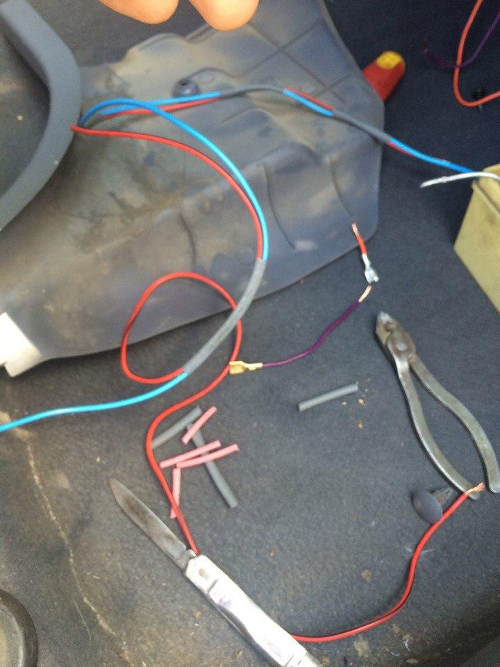 Установка стеклоподъемников ФОРВАРД в передние двери Hyundai Accent. Рис. 6
