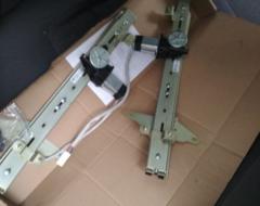 Фотоотчет об установке в передние двери электростеклоподъемников ФОРВАРД на Hyundai Accent